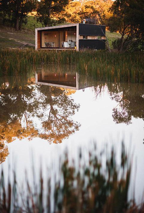 rural-cabin-pump-house-10