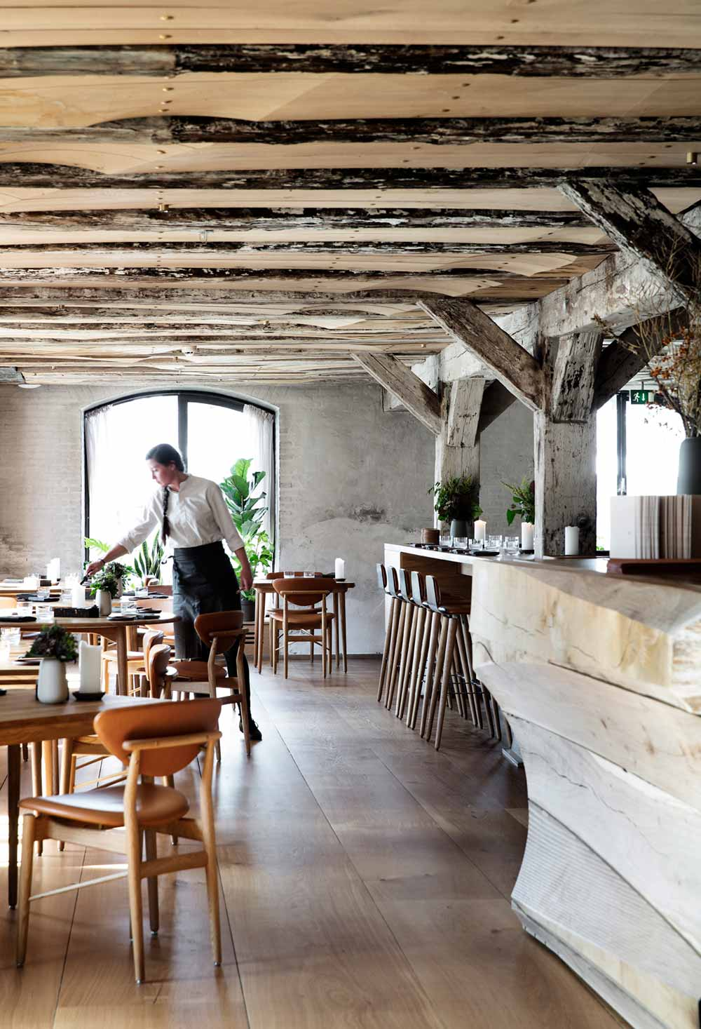 Barr rustic restaurant interior design in copenhagen