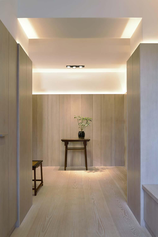 scandinavian asian entry design - Xiang Jiang House in Beijing