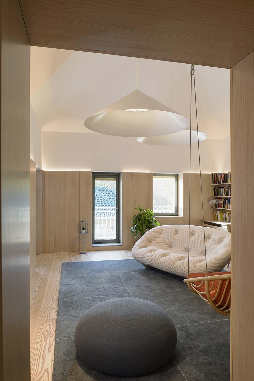 scandinavian asian living room interiors - Xiang Jiang House in Beijing