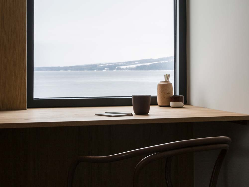 scandinavian interiors work desk - The Gjøvik House