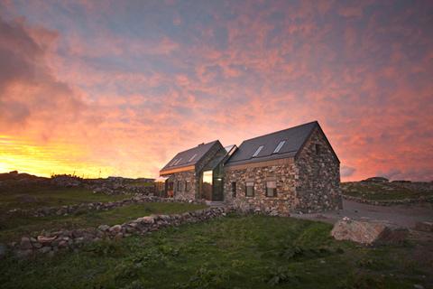 seaside-cottage-connemara-09