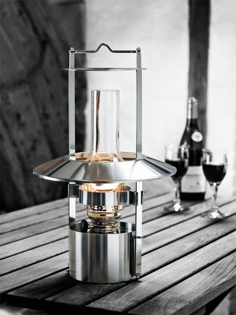 ship lamp sheltons 2 - Shelton's ship lamp: a classic design's transformation