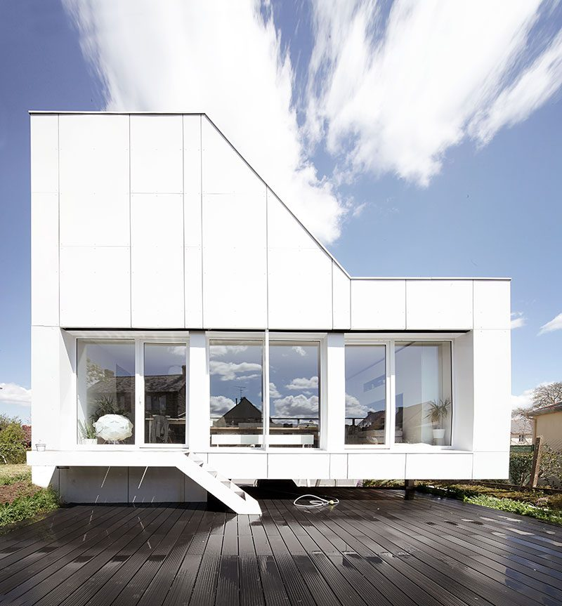 shipping container home 2ad 800x863 - Flying Box Villa