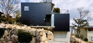 slope-site-house-krmpn