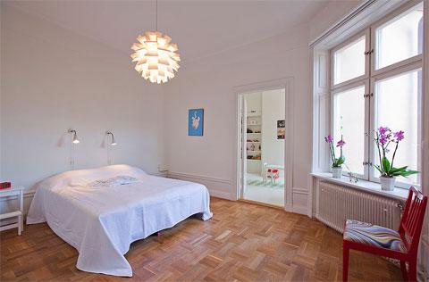 small-apartment-bedroom-se
