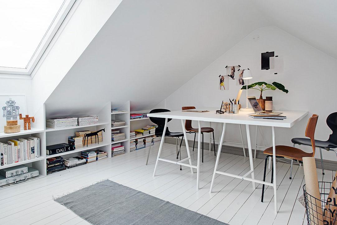 small-attic-apartment-14