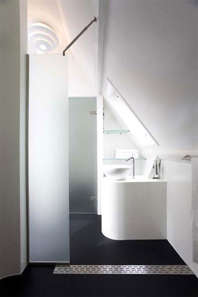 small-attic-space-design-3