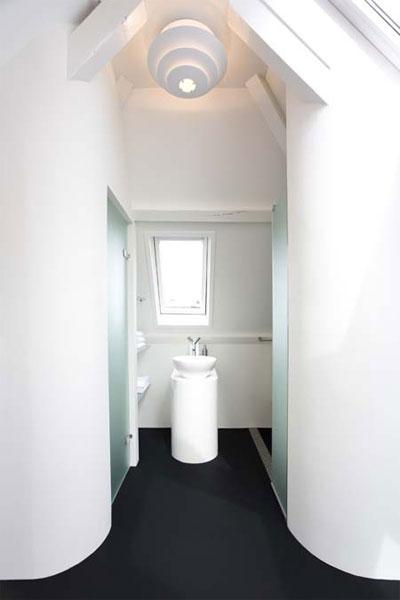 small-attic-space-design-4