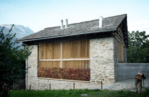 Redevelopment Of A Barn Blending Past And Present Barn Houses