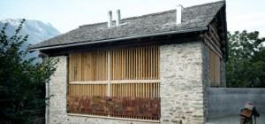small-barn-house-soglio-32