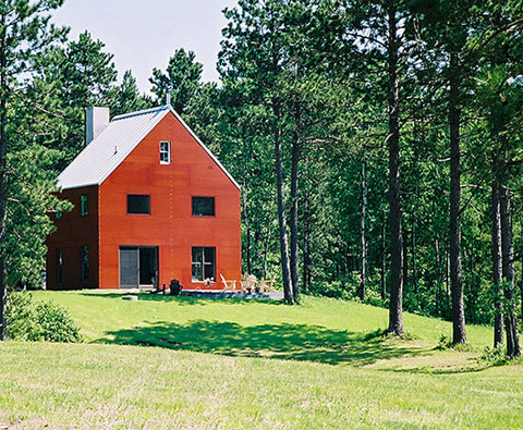 The barn house i revitalizing the power of design small Small barn style homes