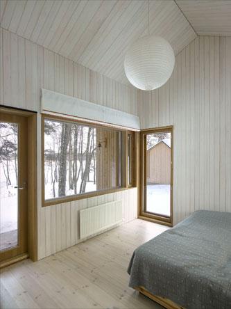 small-cabin-finland-4