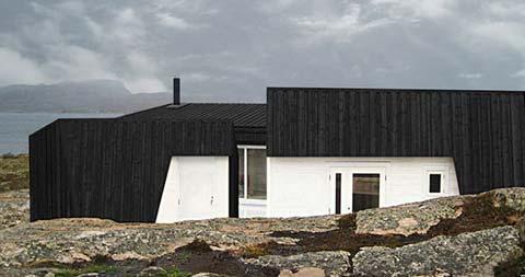 small-cabin-vardehaugen