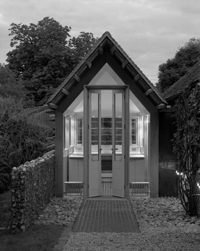 small-extension-flinthouse-1