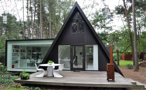 small-forest-cabin-belgium-2