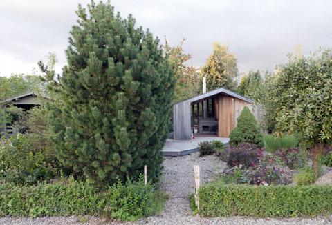 small-garden-house-onix2
