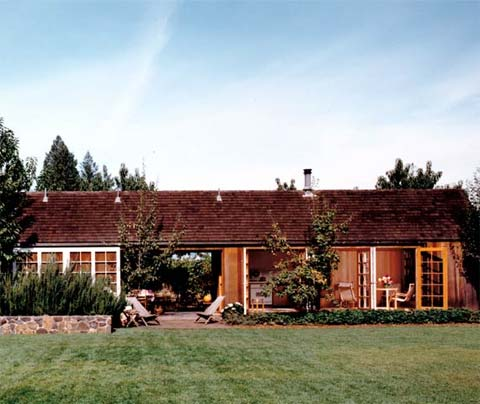 small-home-retreat-kv