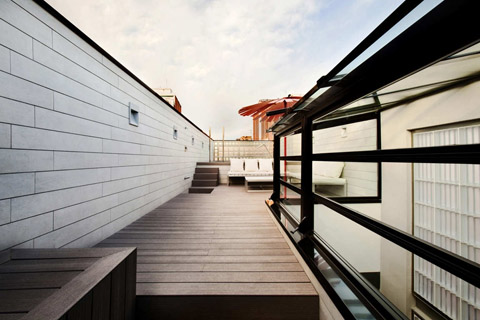 small-house-barcelona-frln6