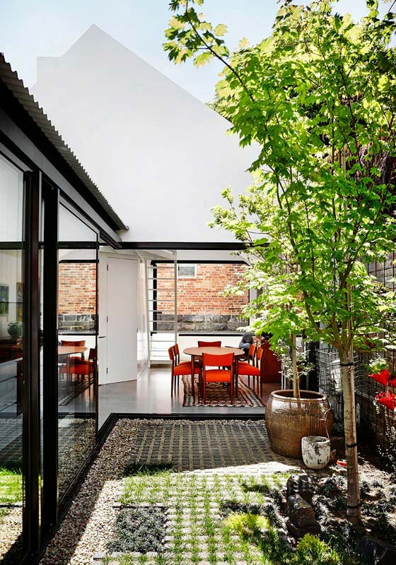 small-house-courtyard-ma9