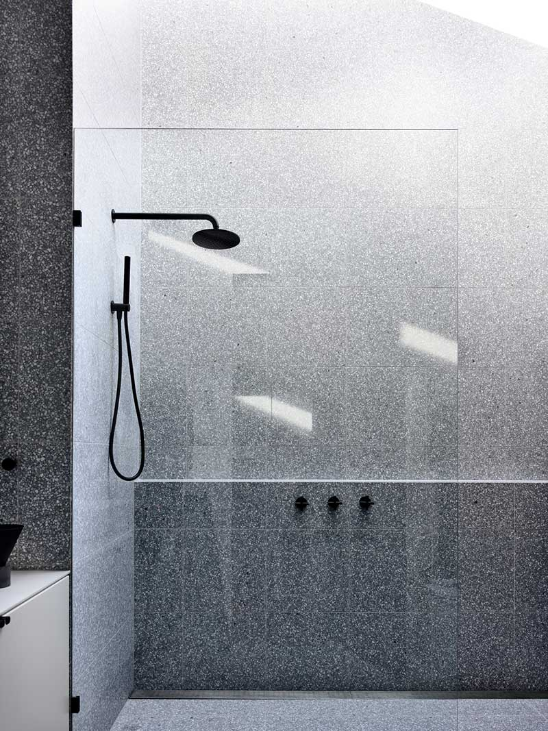 small house extension design shower tr - Carlton House Addition