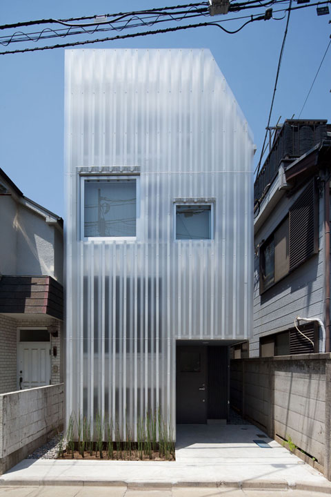 House In Kikiuchio The Gentle Art Of Translucency