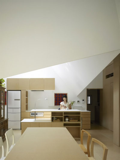 House In Kohoku An Inhabitable Concrete Origami Small