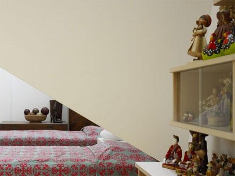 small house kohoku 8 - House in Kohoku: an inhabitable concrete origami