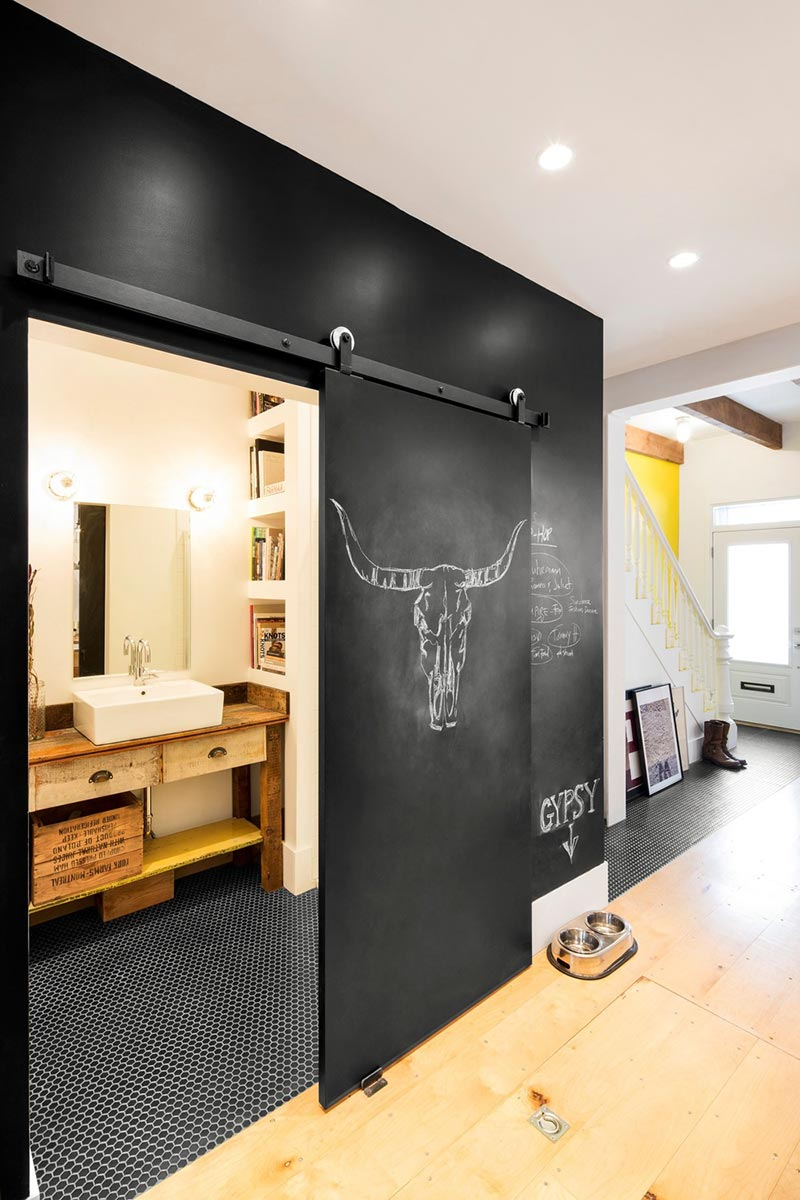 Compact Home In Montreal Full Of Vintage Shabby Chic Delight