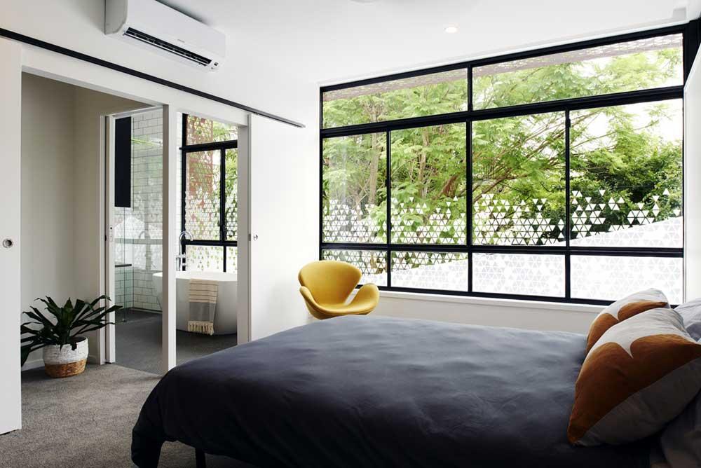 small infill house bedroom design rd - Woolloongabba gardenhouse