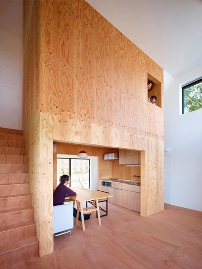 small-japanese-house-belly-3