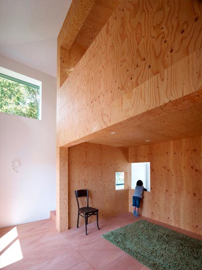 small-japanese-house-belly-4