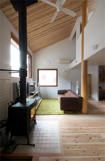 small-japanese-house-yase1