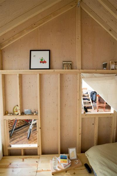 small-loft-nyc-cabin-7