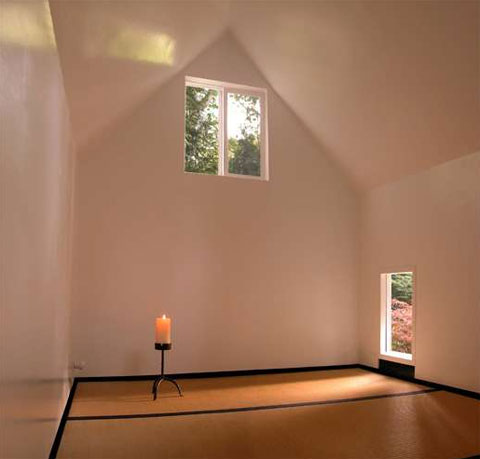 small-meditation-hut-gift3