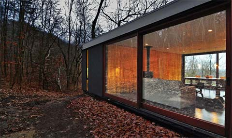 Cabin In The Woods With A Twist Stacked Cabin Modern Cabins