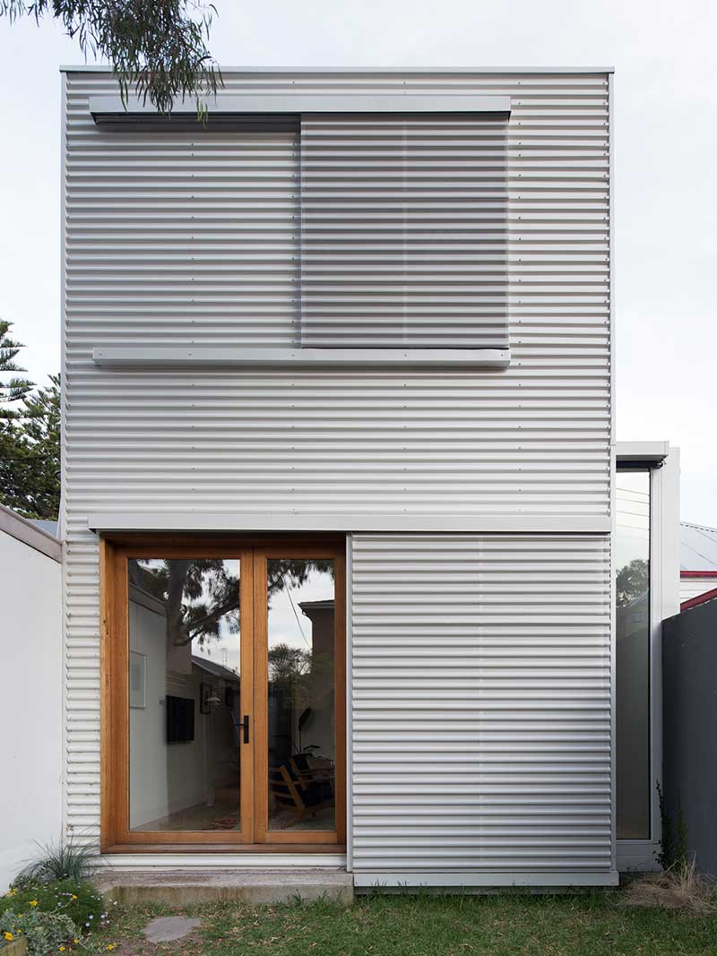 small modern cottage facade - House SE