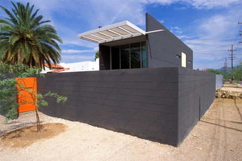 small-modern-house-007-2