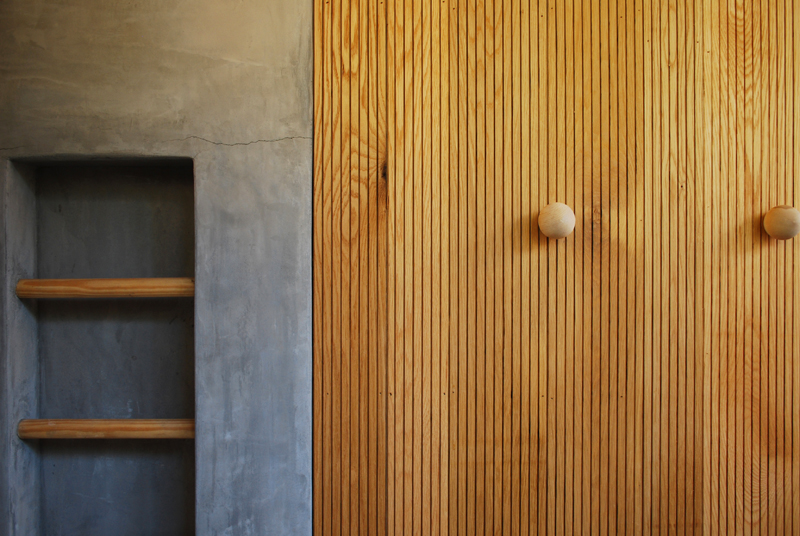 small-modern-house-bb8