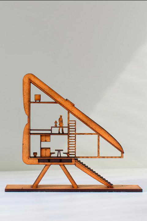 small-narrow-house-keret-02