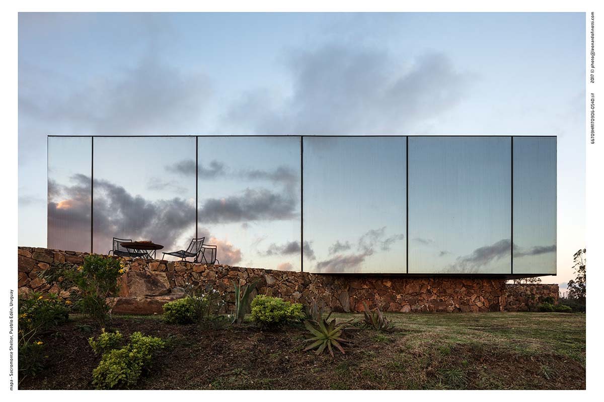 small prefab boutique hotel glass sac - Sacromonte Landscape Hotel