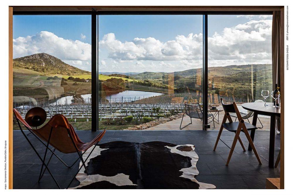 small prefab boutique hotel interior sac 1000x667 - Sacromonte Landscape Hotel