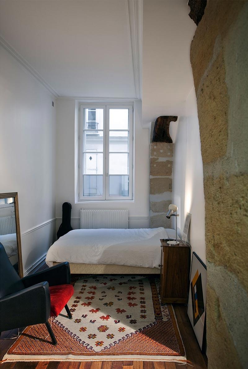 small-studio-apartment-ara5