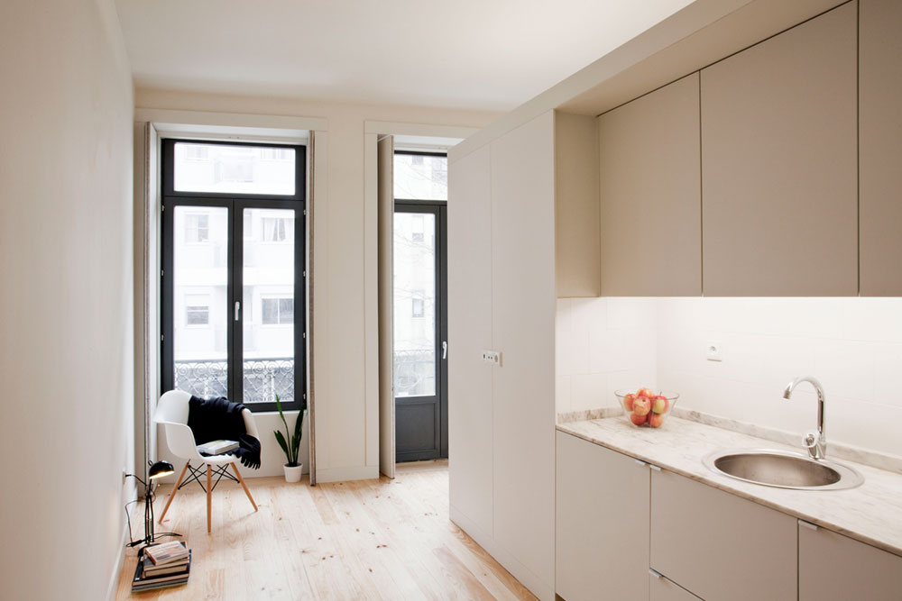 Small studio apartment kitchen design