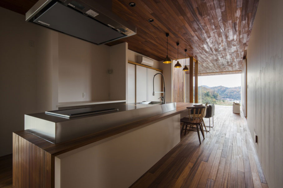 small-wooden-box-house-2