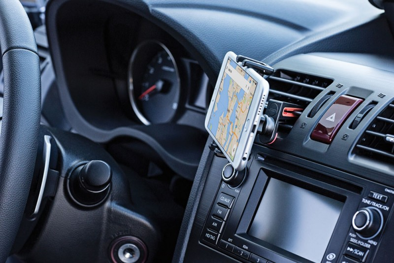 smartphone car mount joby 800x534 - JOBY GripTight Auto Vent Clip