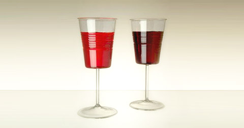 sommelier-wine-glasses