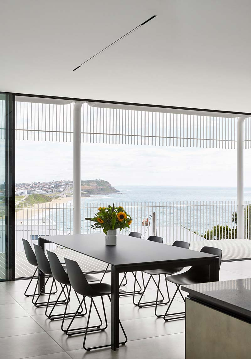 steep lot house design dining - Greenacres