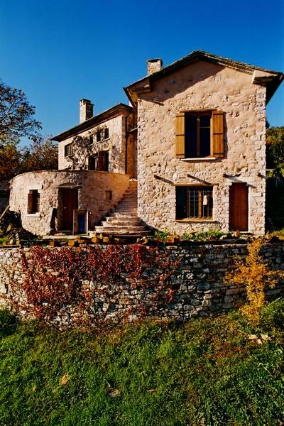 stone-house-greece-dp11