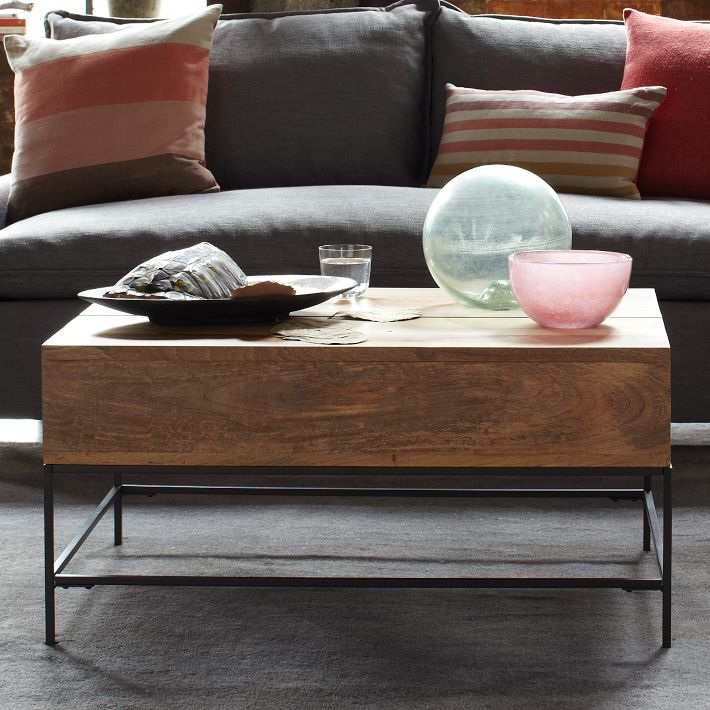 storage coffee table rustic2 - Rustic Storage Coffee Table: basically beautiful